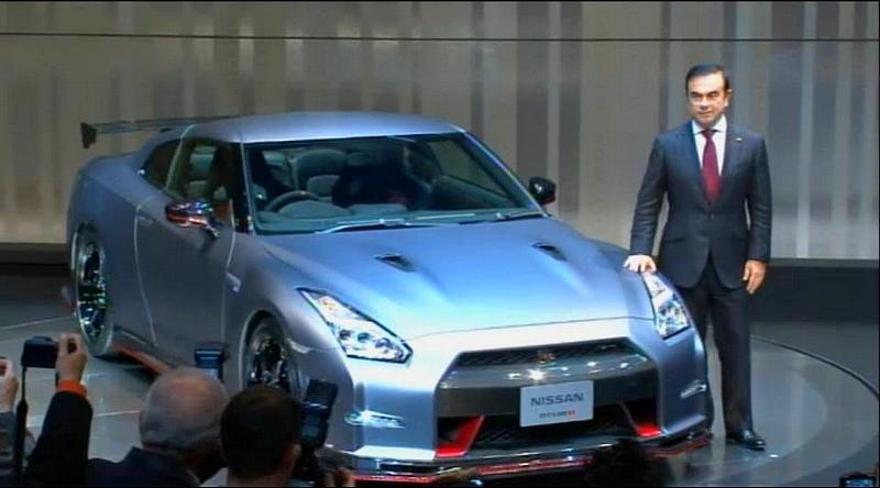 Carlos Ghosn lors de la présentation de la GT-R Nismo