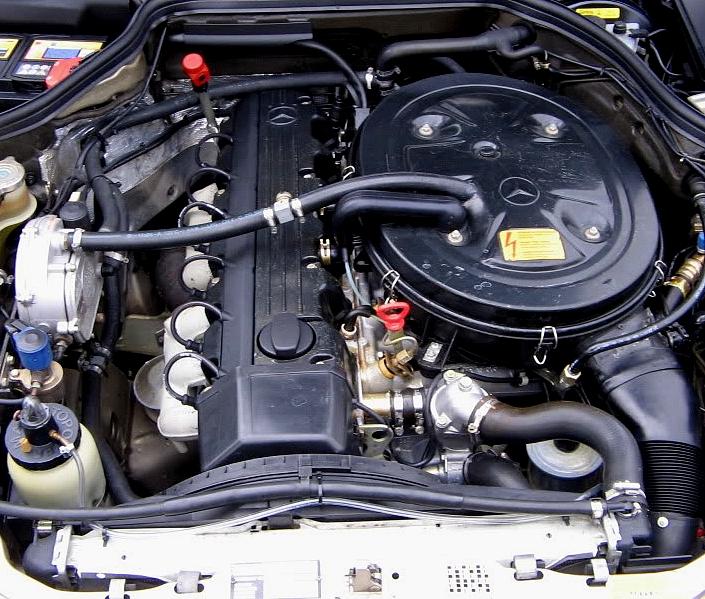 Mercedes Benz moteur L6 E300