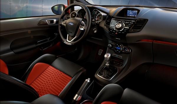Ford Fiesta - Sportive de l'année 2013.1