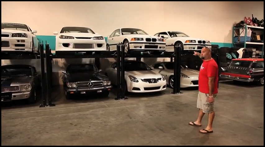 le garage de Paul Walker et Roger Rodas