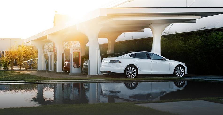 Tesla Motors superchargeur