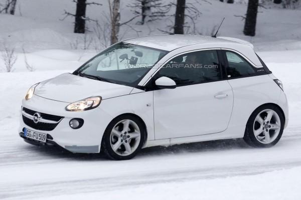 Opel-Adam-OPC-spyshot.3