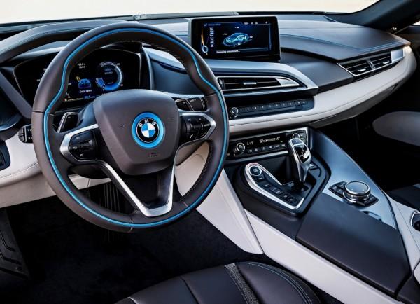 BMW i8 2015.6