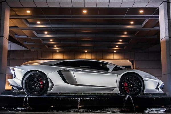 Lamborghini Aventador Jackie Chan Edition.1