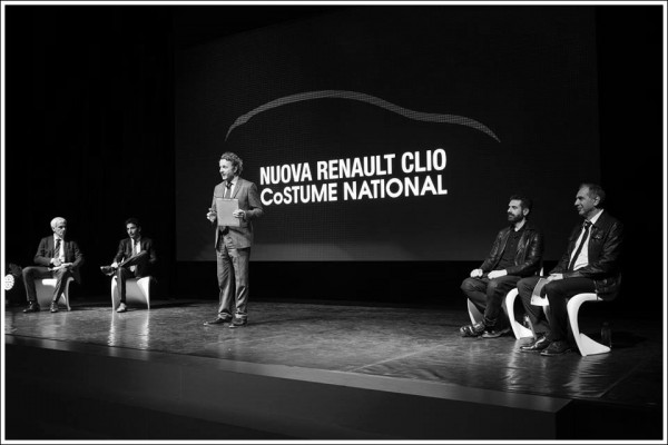 Renault Clio CoSTUME NATIONAL.13