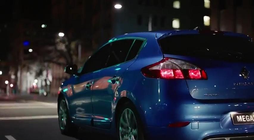 Renault - un peu d'autopromo pour Carlos