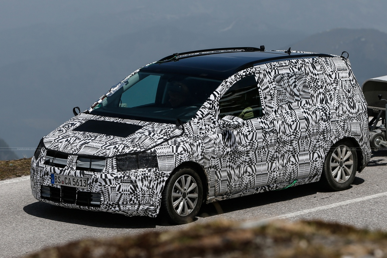 VW-Touran-001