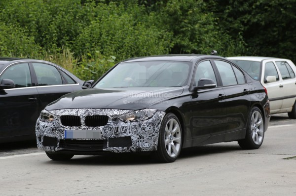 2015-facelift-bmw-3-series-sedan-and-touring-spied-testing-together_1