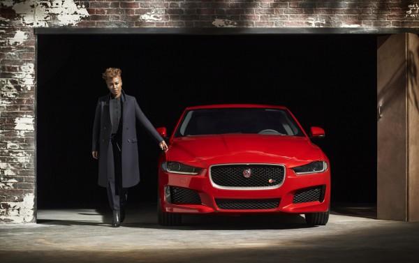 Jaguar-XE 2015.1