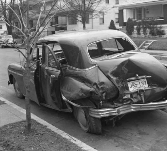 Plymouth Accidentée 1949