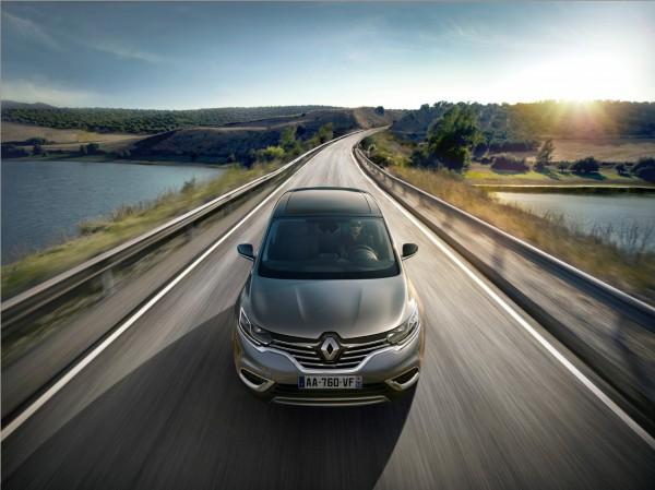 Renault_62239_global_fr