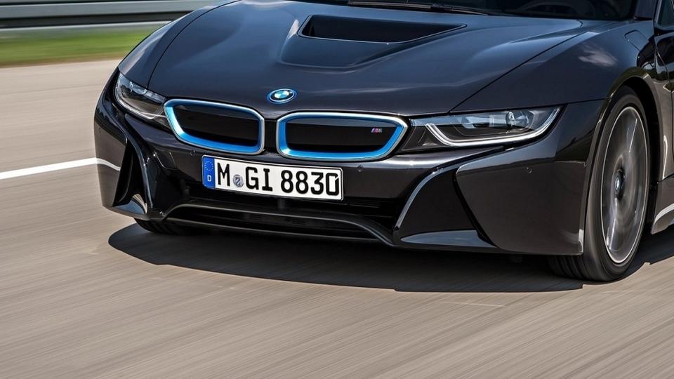 BMW i8 S ou i8 M par Khalil B