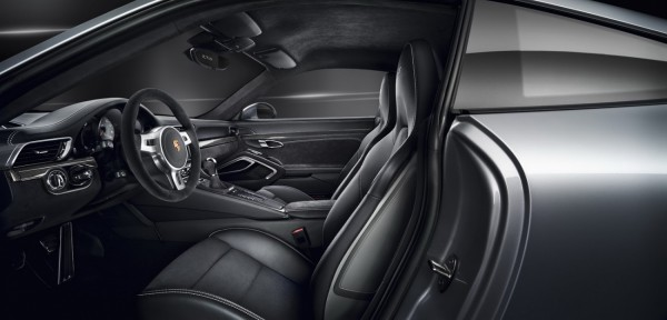 Porsche-Carrera-GTS 2015.9