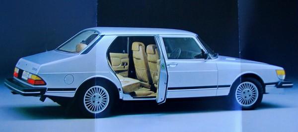 Saab 900 CD