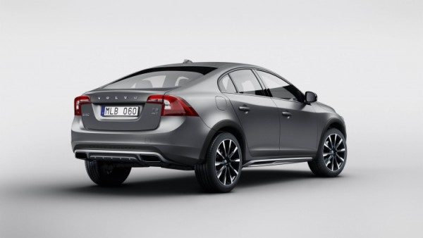 1-volvo-s60-cross-country-1