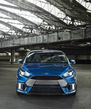 S7-Geneve-2015-voici-la-nouvelle-Ford-Focus-RS-officiellement-a-4-roues-motrices-343909