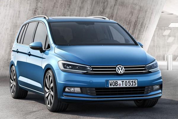 S7-Salon-de-Geneve-2015-Volkswagen-Touran-nouveau-depart-346098