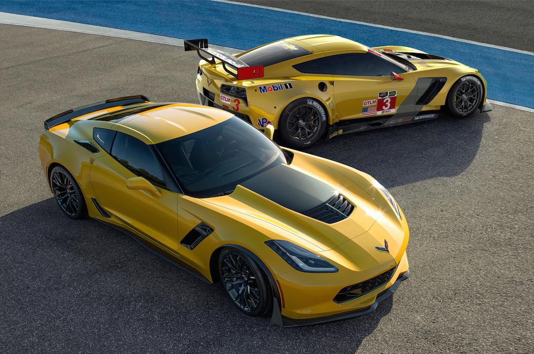 2015-chevrolet-corvette-z06-2014-chevrolet-corvette-c7-r