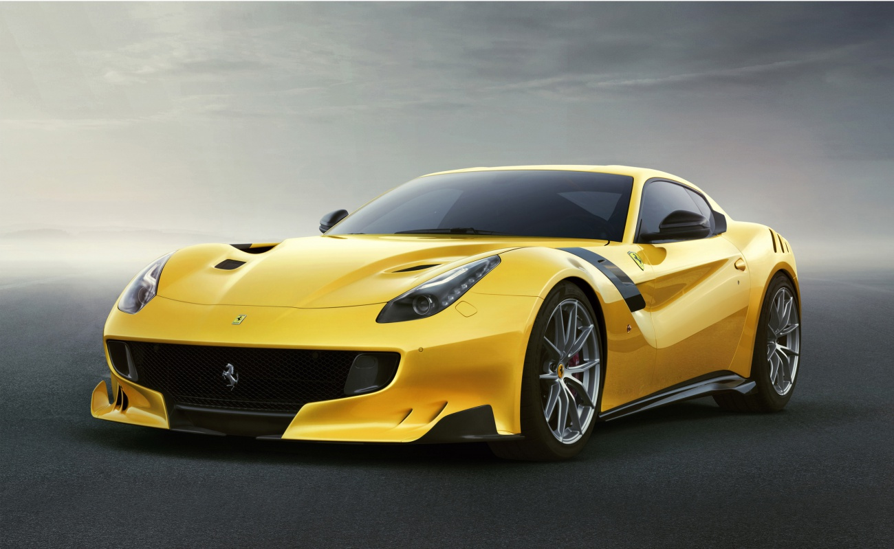 ferrari-f12tdf-4low-1