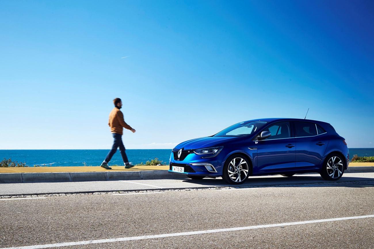 Renault_73804_global_fr (Copier)