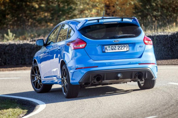 ford-focus-rs-2015-0002