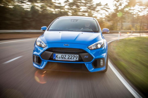 ford-focus-rs-2015-0009