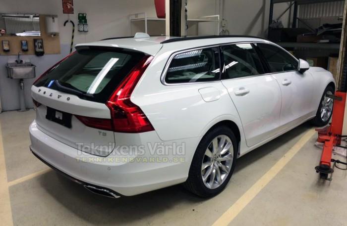 volvo-v90-2017-rear-700x457