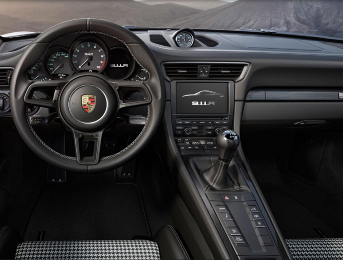 911R - 01