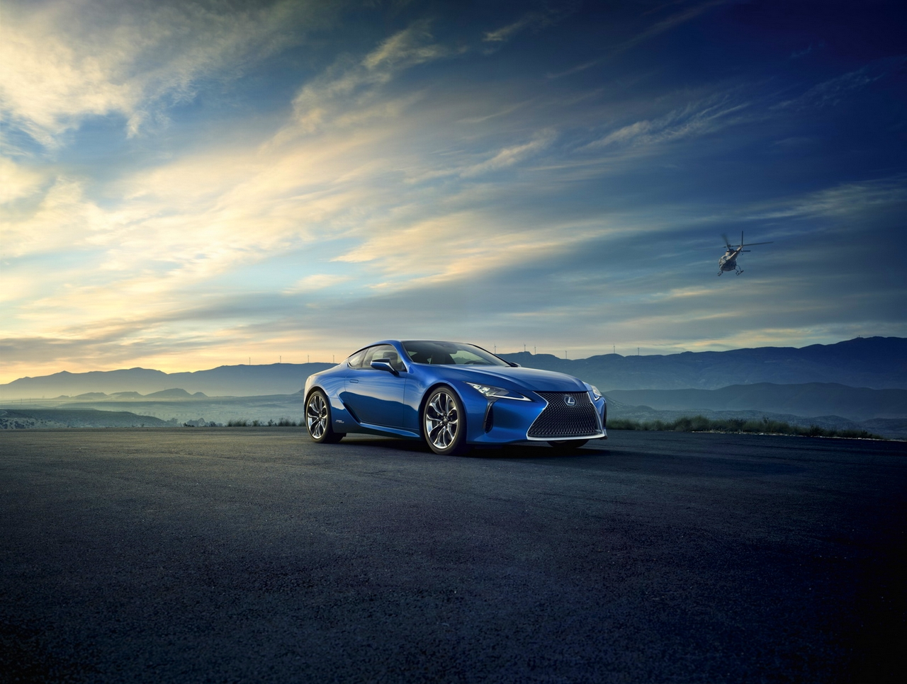 LC 500h 4