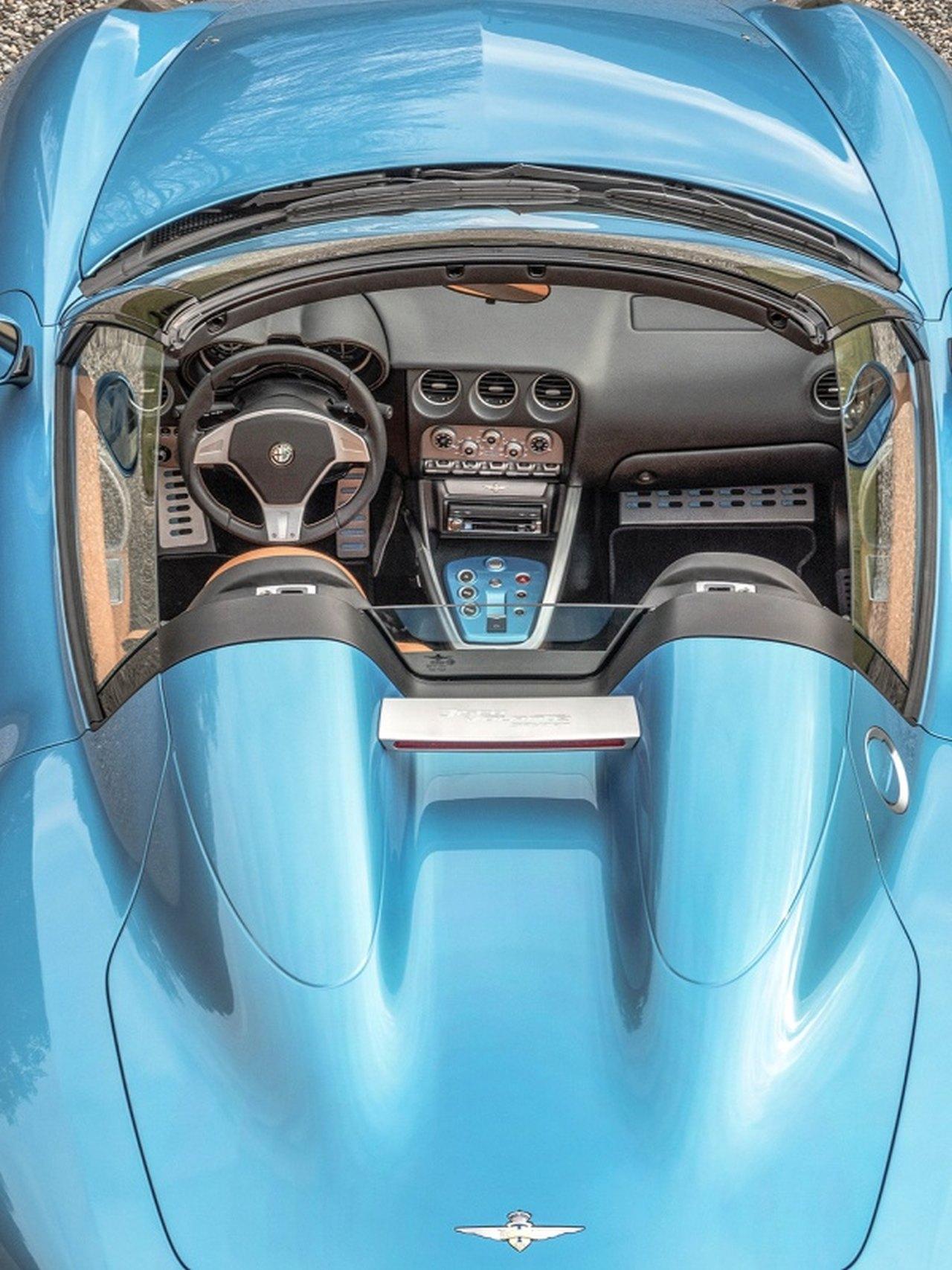 Touring Superleggera Disco Volante Spyder - 15