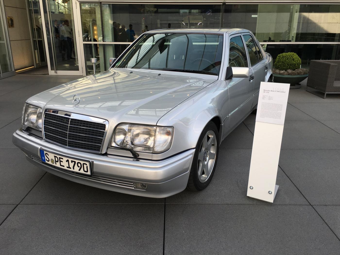 Mercedes-Benz E500 Limited