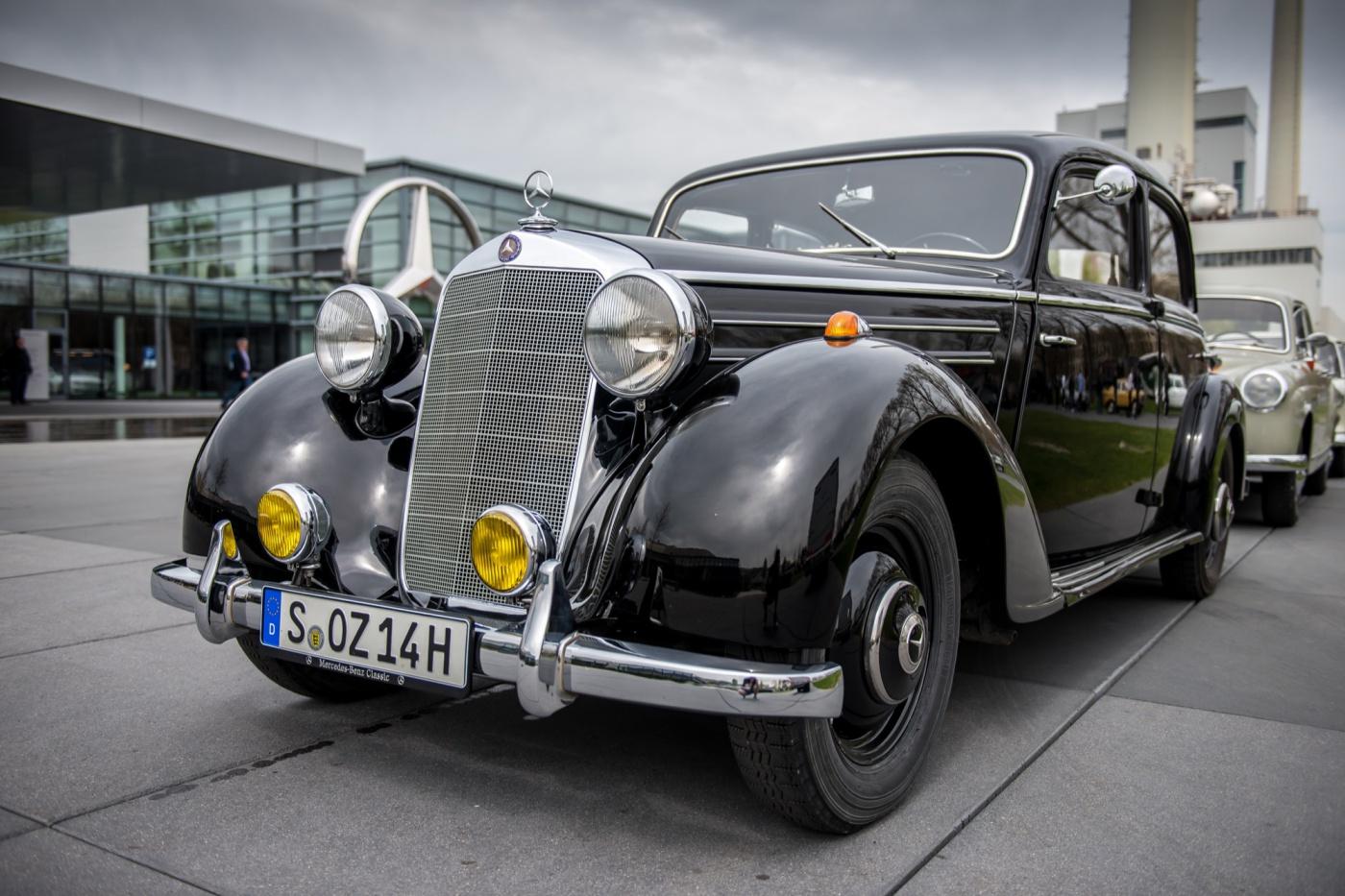 Mercedes-E-Class-Insight_2016_Gonzague-10 - W191