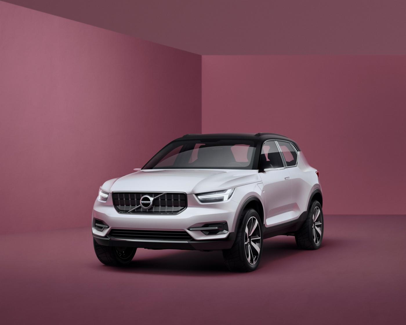 Volvo 40 - 07