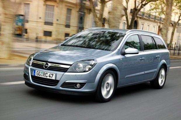 Opel-Astra-H-Caravan-2004
