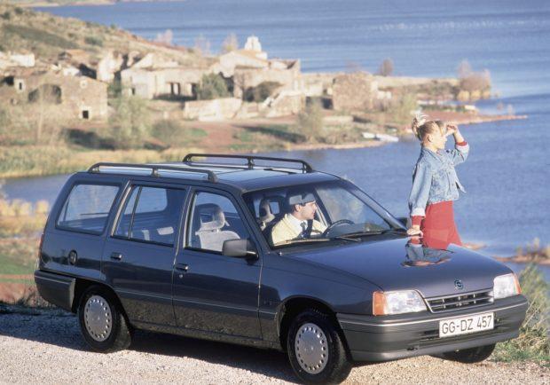Opel-Kadett-E-Caravan-1984