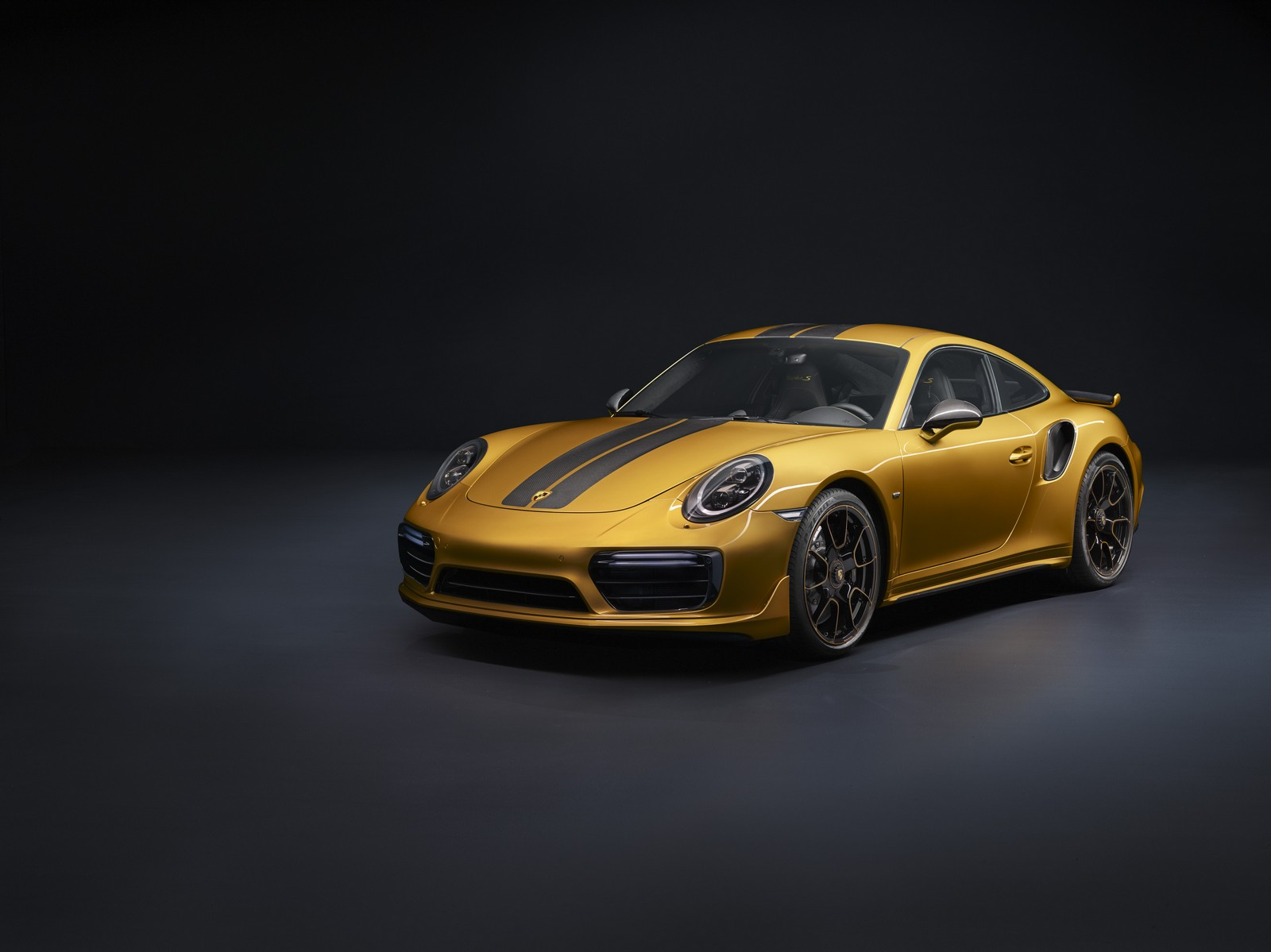 911 Turbo S Excluxive - 01