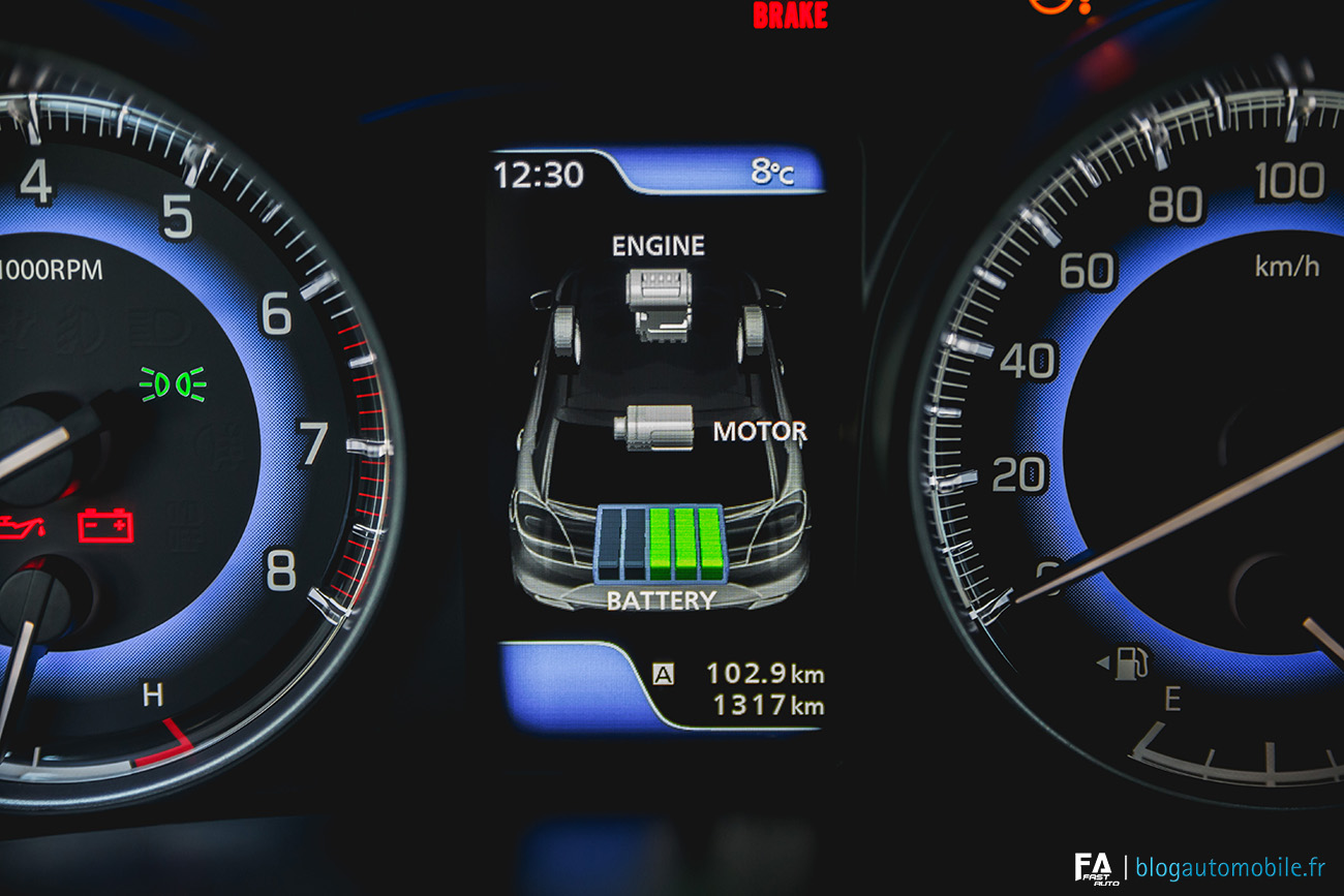Intérieur Suzuki Baleno (SHVS Hybride)